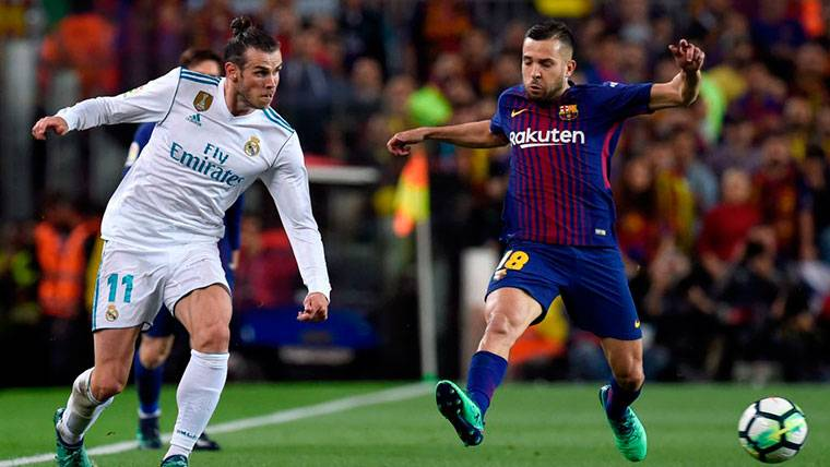 Bale, que debió ser expulsado, volvió a empatar el Clásico