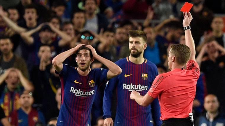 Sergi Roberto se expone a una sanción de dos partidos en Liga