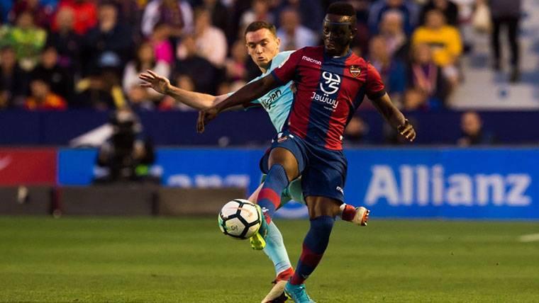 La defensa del Barcelona, en entredicho: ¿Hace falta fichar?