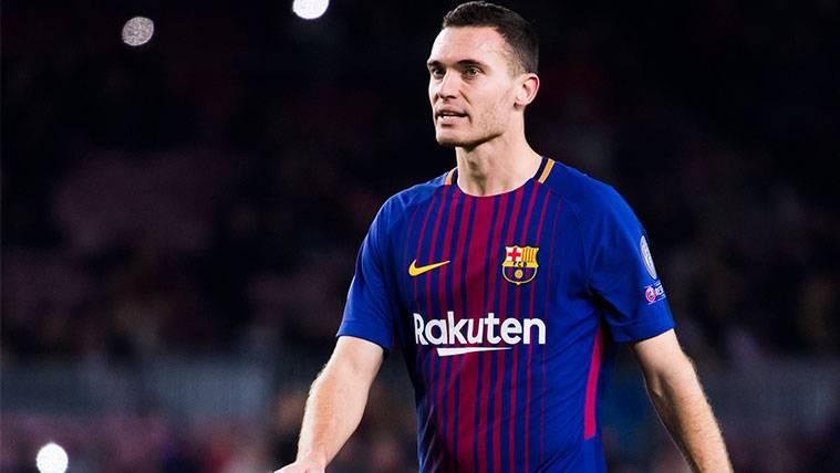 El Barça apurará el contrato de Thomas Vermaelen antes de renovarle