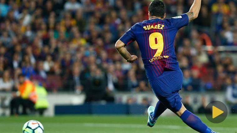 Luis Suárez, marcando un gol con el FC Barcelona esta temporada