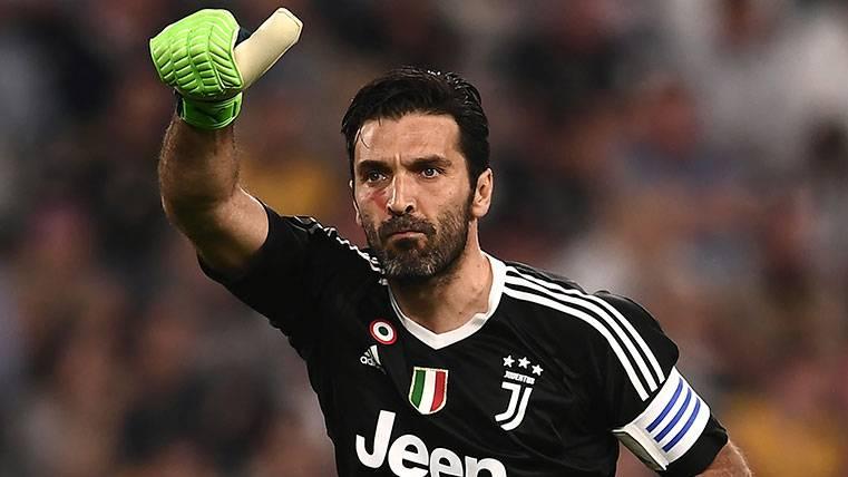 Gianluigi Buffon deja la Juventus y Real Madrid y PSG estarían tras sus pasos