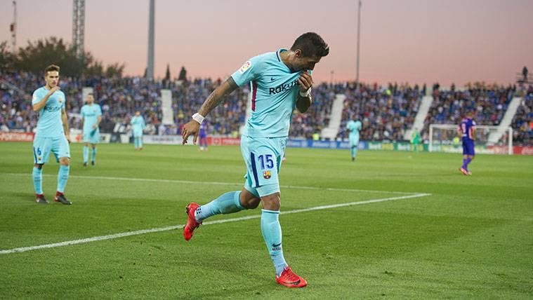 Paulinho celebra un gol con el FC Barcelona