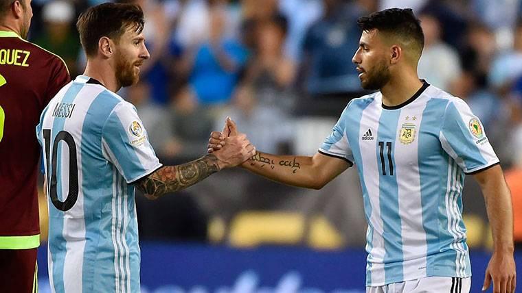 """Sergio Agüero: """"Es imposible jugar con Leo Messi"""""""