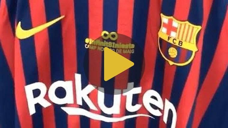 El Barça estrenó la nueva equipación con un pequeño tributo a Iniesta