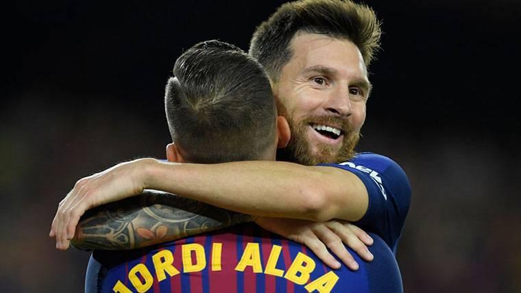 """Jordi Alba: """"En el campo no tengo amigos, si Messi viene..."""""""