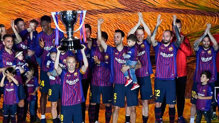 La posición que ocuparía el Barça en una hipotética Liga europea