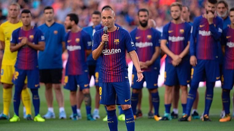 El bonito detalle de Andrés Iniesta con el vestuario del FC Barcelona