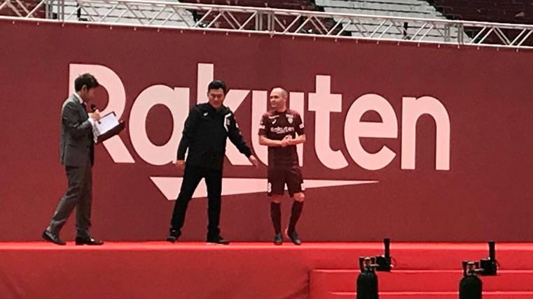 Éxito absoluto en la presentación de Andrés Iniesta con el Vissel Kobe