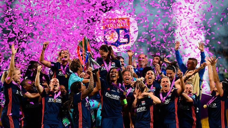 AL LORO: El Real Madrid no es el primer club en ganar tres Champions seguidas