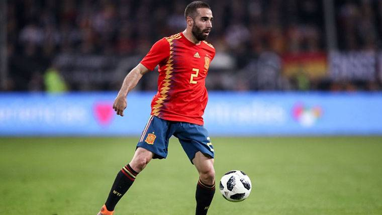 Dani Carvajal, durante un partido con la Selección Española
