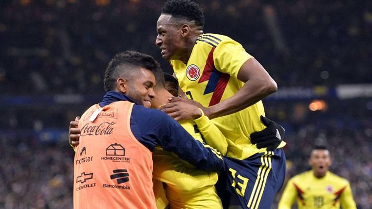 Yerry Mina, celebrando un gol marcado con la selección de Colombia