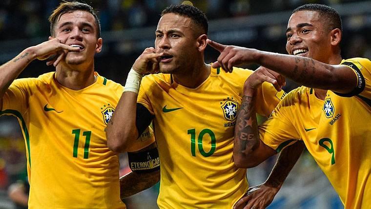 Neymar y Coutinho lideran la goleada de Brasil a Austria (0-3)