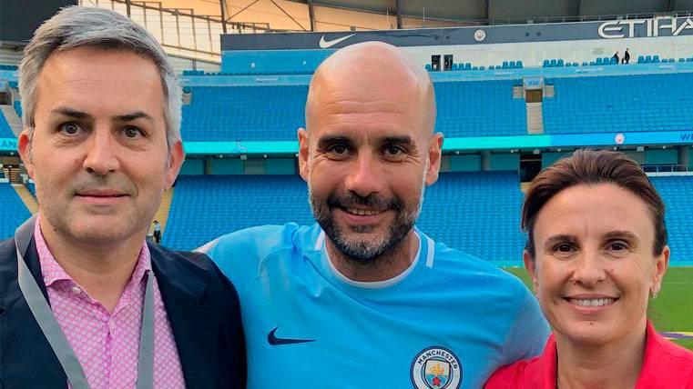 Víctor Font junto a Pep Guardiola en Manchester | Instagram