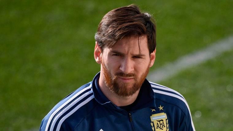 """""""Cualquiera que tenga a Messi es el favorito en el Mundial"""""""