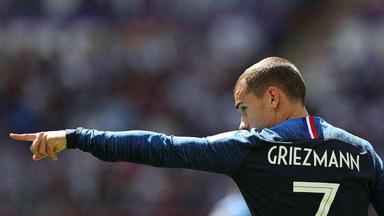 Antoine Griezmann en un partido con la selección francesa