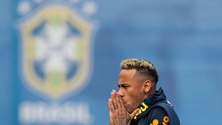Los asesores de Neymar le aconsejan no ir al Real Madrid