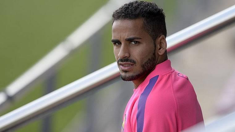 El Barcelona encuentra nuevo destino para Douglas Pereira