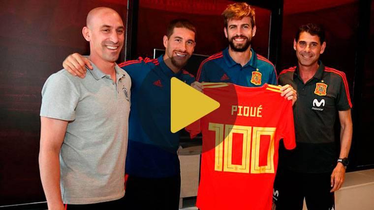 La Selección homenajea a Gerard Piqué por sus 100 partidos