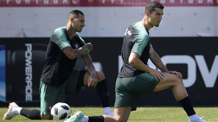 No se hará un plan especial: Cristiano, uno más para Uruguay