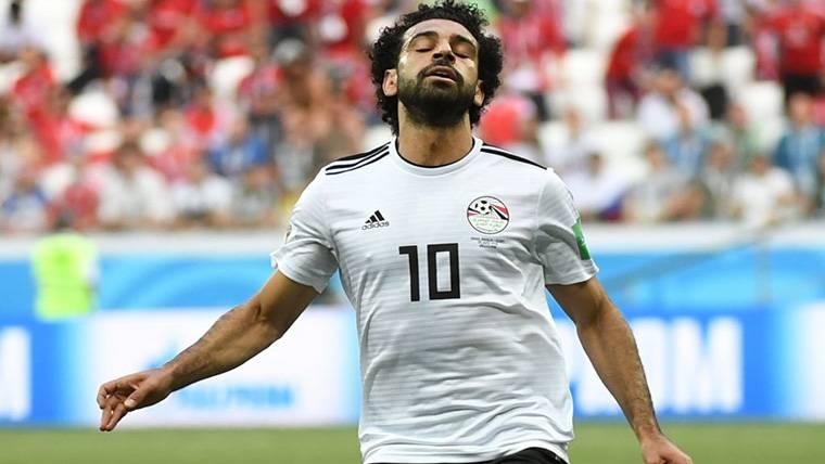 Complicación inesperada para Mo Salah en su vuelta a casa