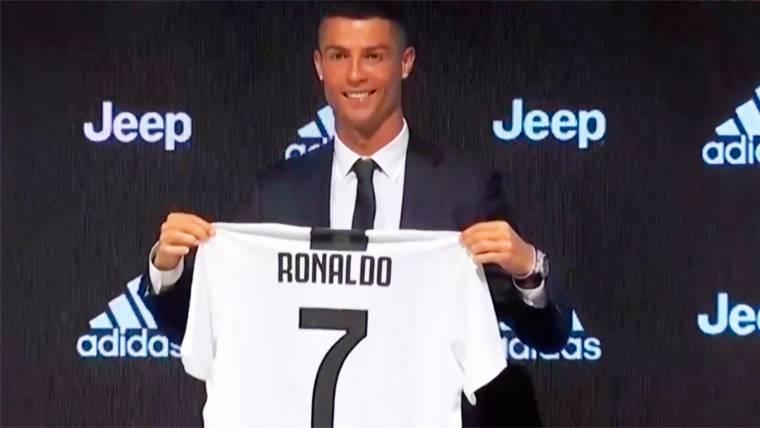 Cristiano, frío con el Madrid en su presentación con la Juventus