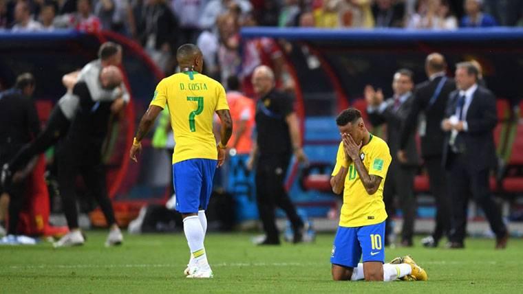 Confirman la continuidad en el PSG de un Neymar en caída libre