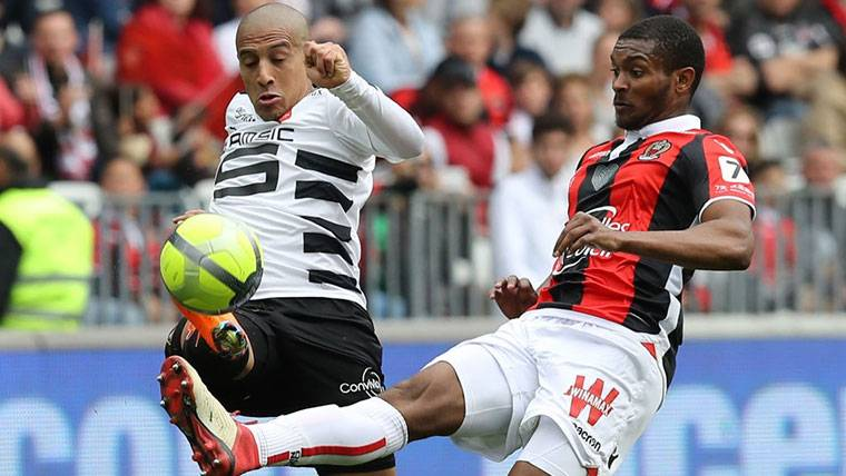 El Olympique de Lyon gana enteros para llevarse a Marlon