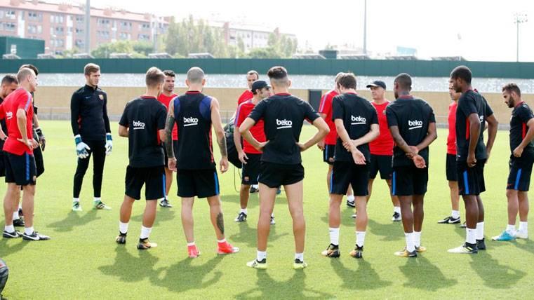 El Barça habría comunicado a uno de los jóvenes que no estará en la gira americana