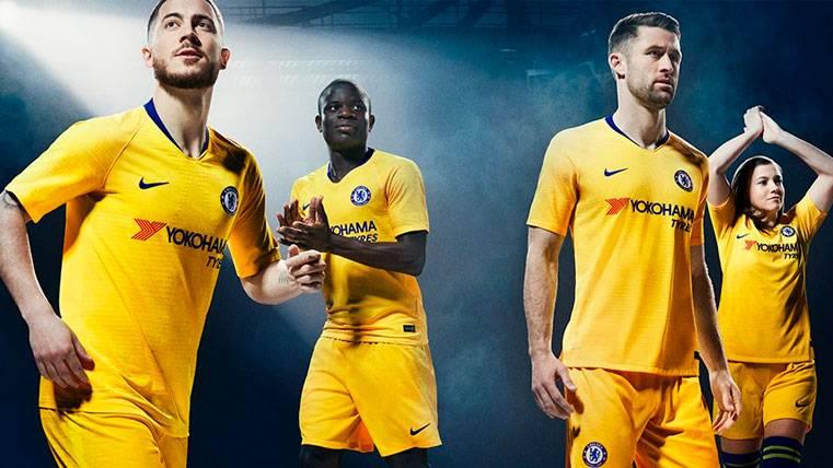 El anuncio de las equipaciones del Chelsea, ¿pista para el fichaje de Willian?