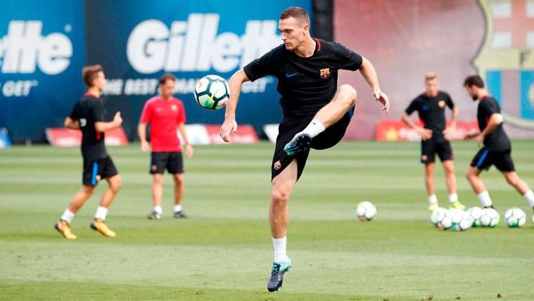 Posible desacuerdo entre Valverde y el Barça por el futuro de Vermaelen
