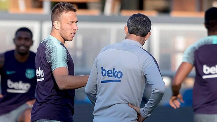 El Sevilla anuncia acciones legales si el Barça supera los tres extracomunitarios