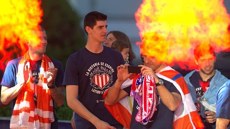 Thibaut Courtois, durante las celebraciones con el Atlético de Madrid