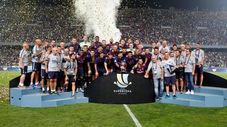 El cariñoso mensaje de Iniesta tras la victoria del Barça en la Supercopa