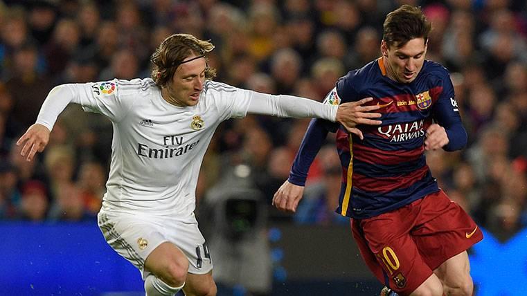 """El agente de Luka Modric desafía a Real Madrid: """"Antes o después jugará en Italia"""""""