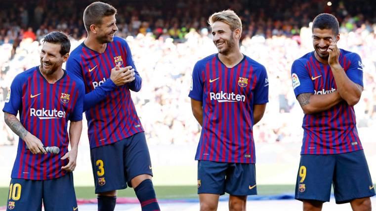 Sergi Samper podría quedarse en el primer equipo del Barça