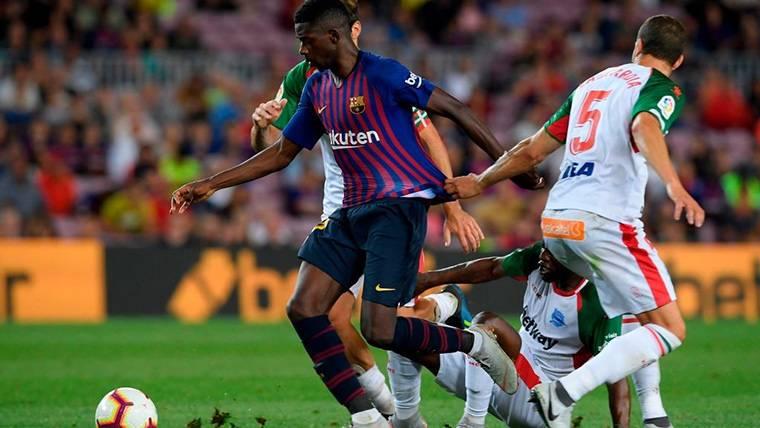 Dembélé no marcó, pero sigue consagrándose en el Barcelona