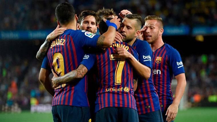 El FC Barcelona, celebrando un gol marcado contra el Alavés