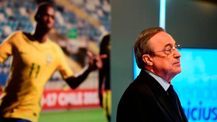 Mariano, pendiente de la llamada de Florentino Pérez — Real Madrid