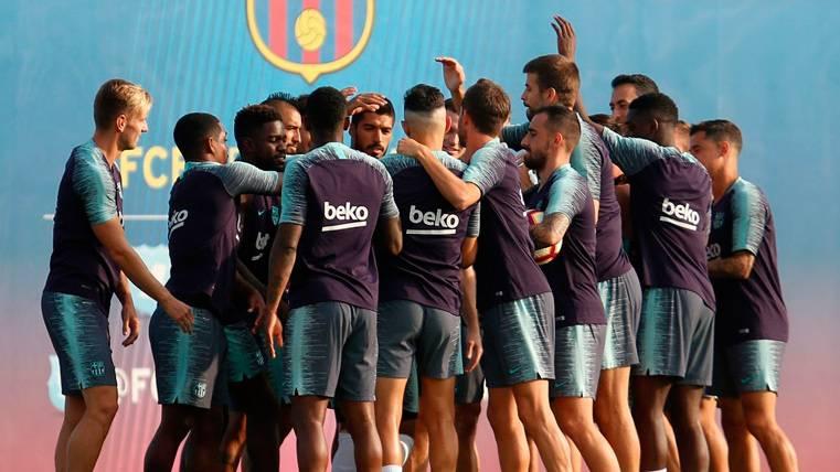 Horario y dónde ver hoy en TV en directo — Barcelona vs Huesca