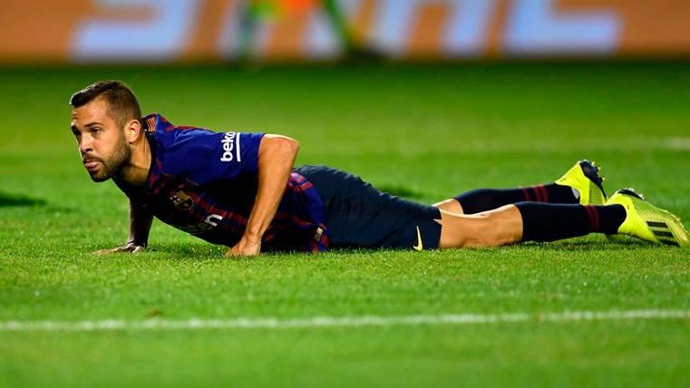 ATENCIÓN: El Barça sólo tiene un lateral izquierdo para el primer equipo y otro para el filial