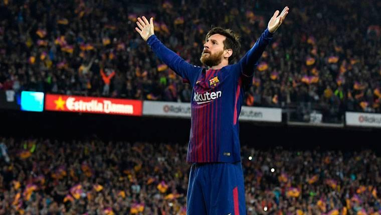 Messi completó la media docena y empató con Benzema en el 'Pichichi' de LaLiga