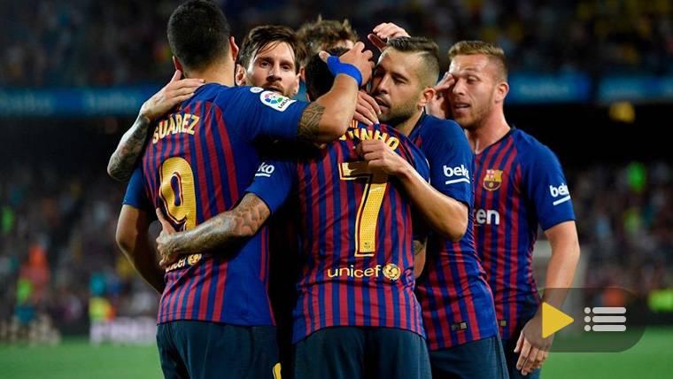El FC Barcelona, celebrando uno de los goles contra el Huesca