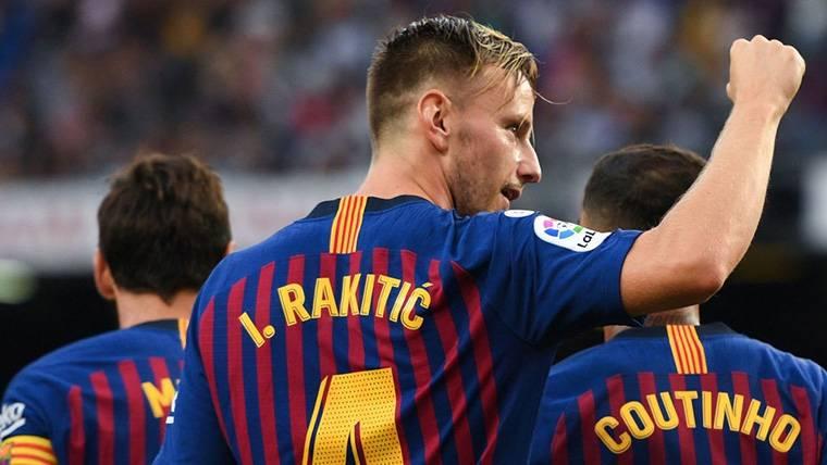 ¿Por qué todos los focos apuntan a Modric y no a Rakitic?