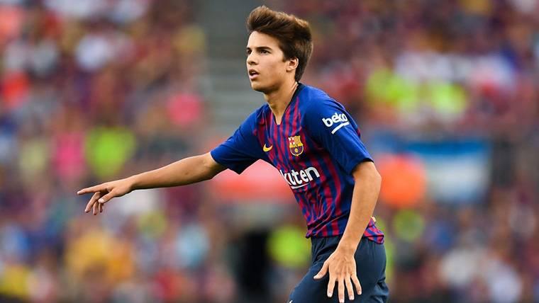 Preocupación en el FC Barcelona por el físico de Riqui Puig