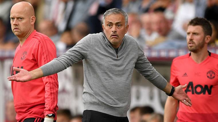 'Sobrada' de Mourinho para aumentar la tensión en el United
