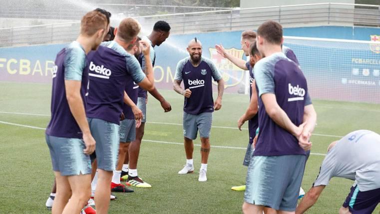 CALMA: Arturo Vidal desmiente los rumores y asegura que su rodilla está bien