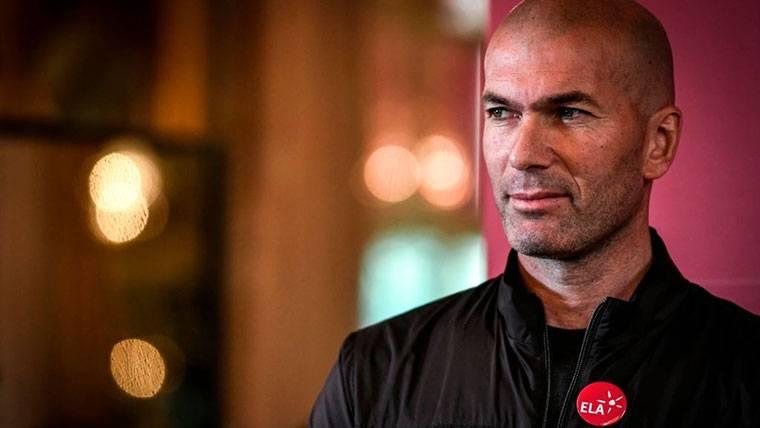 Zidane confirma que regresará a los banquillos muy pronto