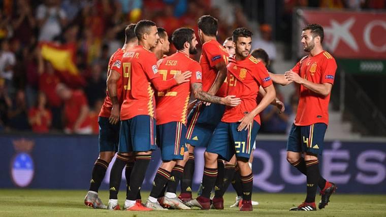 España aplasta a la Croacia de Modric con un 'set' a cero (6-0)