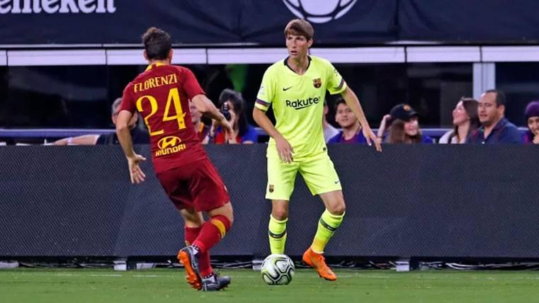 La afición del Barça, contundente: El lateral izquierdo debe ser para la Masia